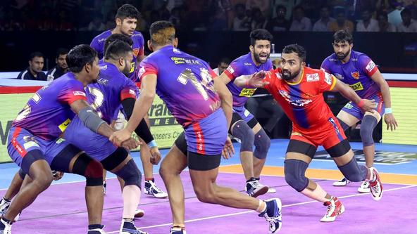 Monu's Super 10 in vain as Dabang Delhi win 36-27